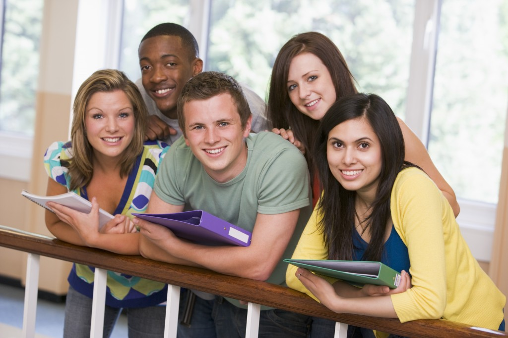 6 tips to work and study in the UAE